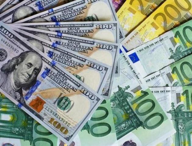 Курс валют на 20 липня: долар і євро суттєво додали у ціні