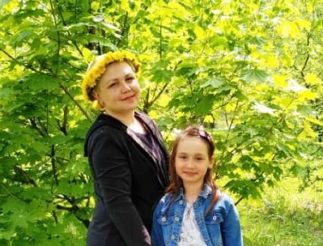 «Дякую тим, хто перераховує навіть 1 гривню»: мати двох дітей продовжує боротись з раком 4 стадії