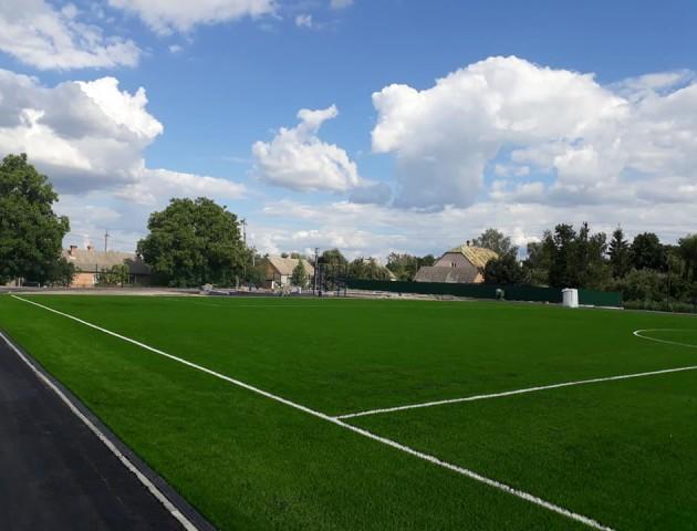 У Княгининку облаштовують стадіон майже за сім мільйонів гривень
