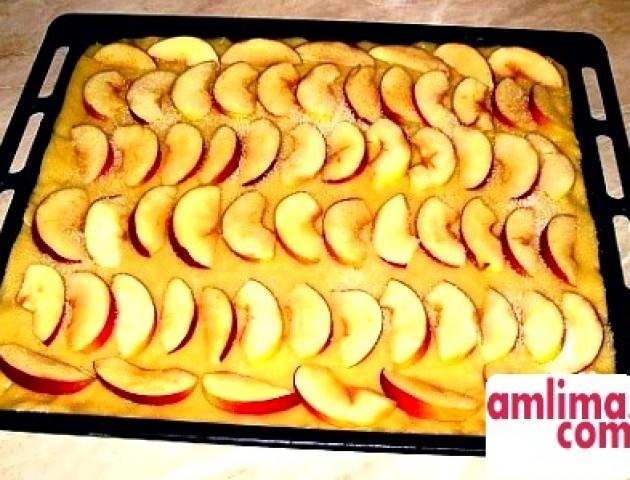 Пісна випічка з яблуками. РЕЦЕПТИ