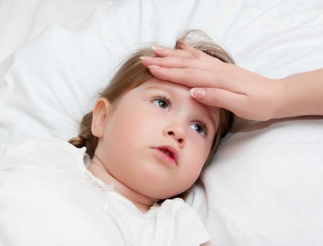 Після відвідин поліклініки в лучанки захворіла дитина