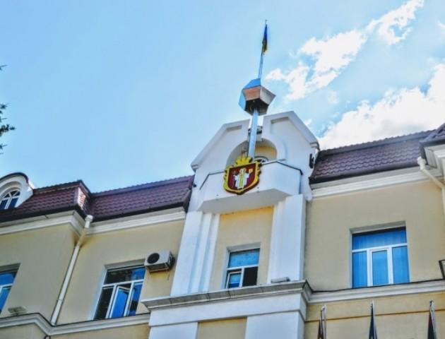 Делегація з Ліппе, житло для сиріт та бюджетні питання: якою була позачергова сесія у Луцькраді