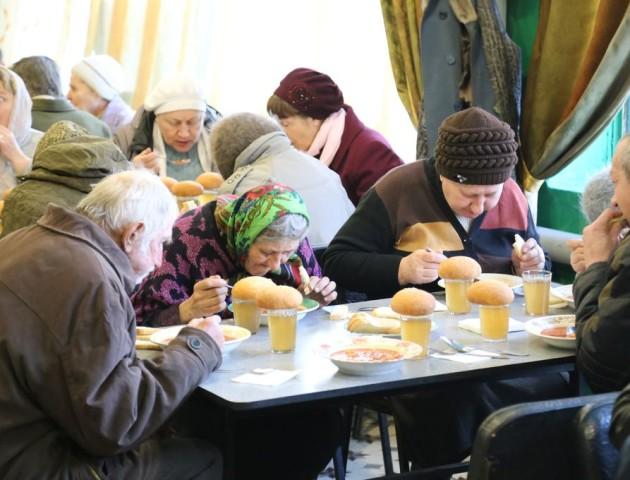 У Володимирі хочуть годувати нужденних безплатними обідами