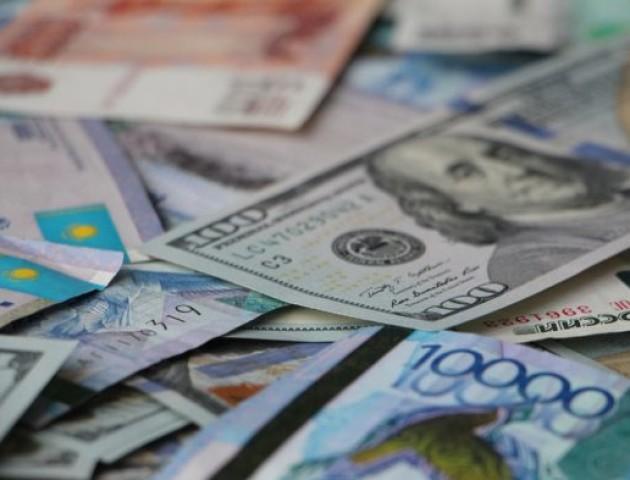 Курс валют на 16 листопада: долар і євро подешевшали