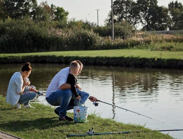 У Центральному парку Луцька заборонили рибалити