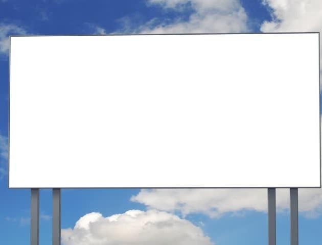 У Луцьку демонтують частину рекламних банерів