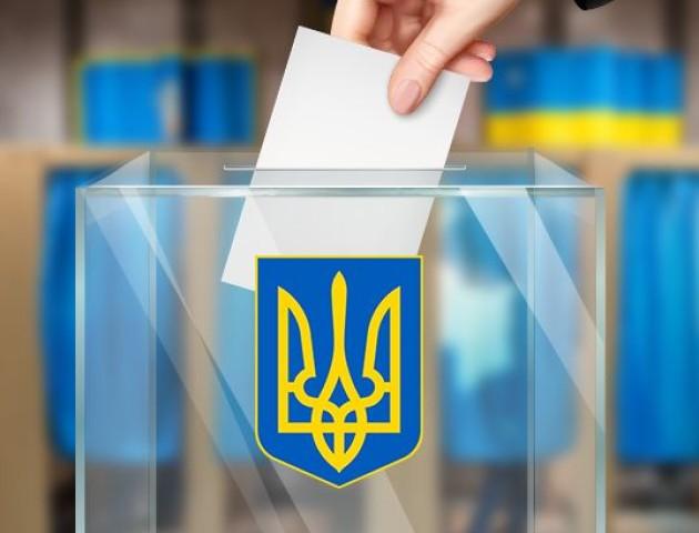 Станом на 15:00 у Луцьку проголосувала майже половина виборців