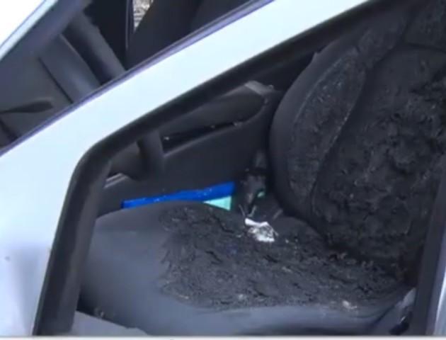 Волинянин підпалив авто, вимагаючи встановити світлофор на перехресті. ВІДЕО