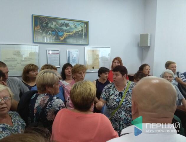 Скандал через торговий центр Башкаленка зірвав сесію Луцькради