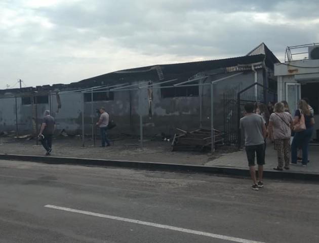 Опублікували фото згорілого ринку в Рожищі. ФОТО