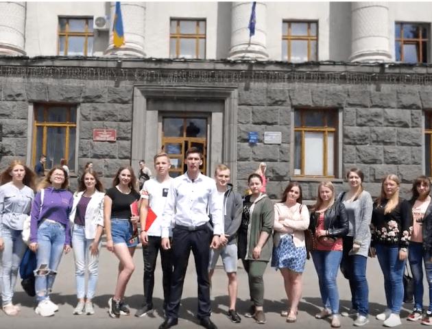 «Ми йдемо на вибори!» – студенти луцького вишу зняли мотиваційний ролик