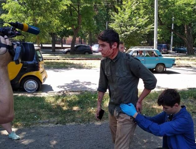 В Одесі на керівника «Автомайдану» напали з ножем. ФОТО. ВІДЕО