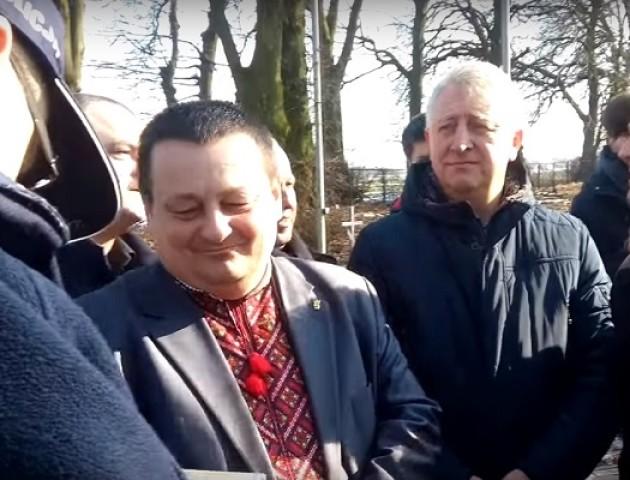 Заступника голови Волиньради допитали у Польщі через «прославляння Бандери». ВІДЕО