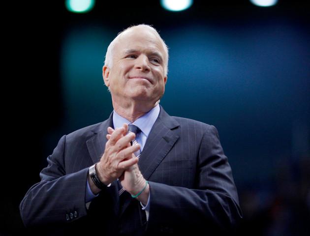 У Луцьку просять перейменувати вулицю на честь Маккейна