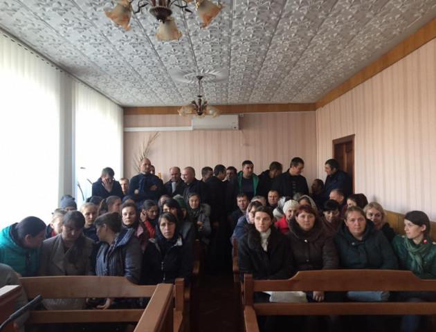 Скандал у Стобихівці: судили волинянина, що не пускав дитину до школи. ФОТО