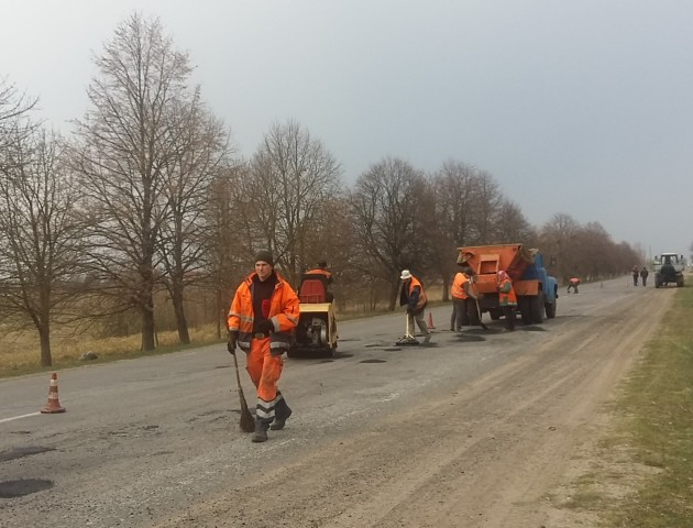 Де на Волині ремонтують дороги: повідомили перелік