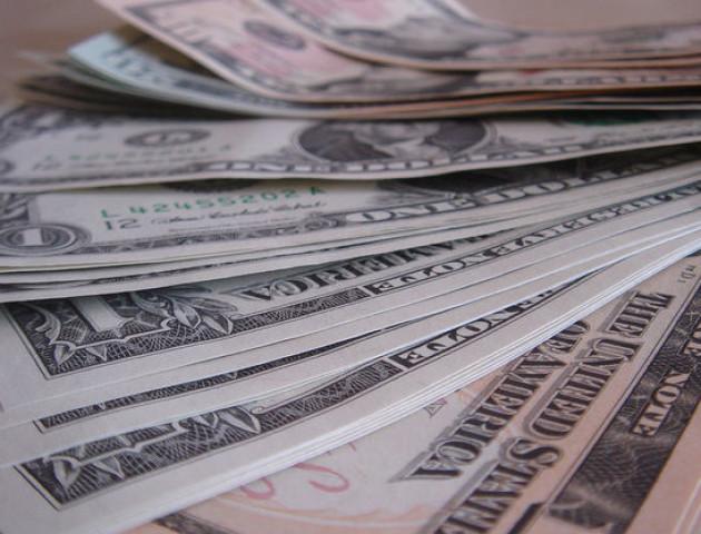 Курс валют на 11 жовтня: долар подешевшав, євро суттєво зросло у ціні