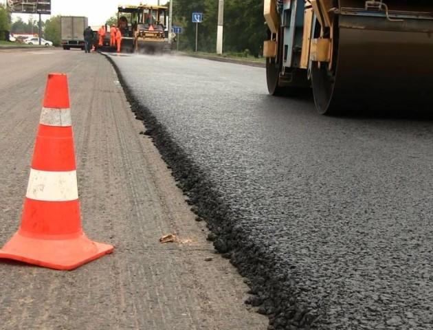 Відомо, скільки грошей виділили на ремонт доріг на Волині