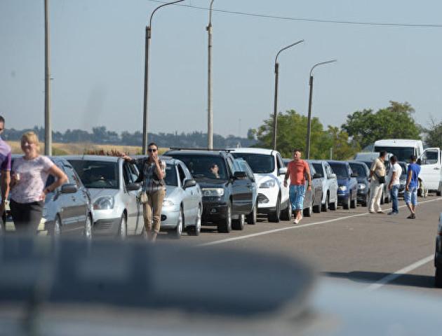 На кордоні з Польщею – черга з 700 автівок