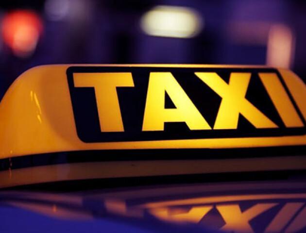 У Луцьку створити чат-сервіс безкоштовних таксі. Підвозитимуть безплатно медиків та правоохоронців