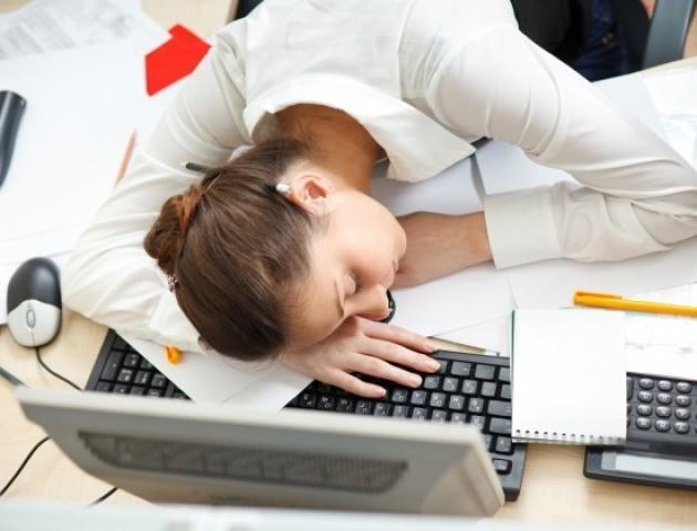 Ці поради допоможуть вам не заснути на роботі
