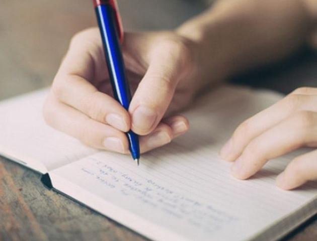 Письменник з Луцька розкритикував новий правопис