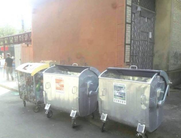 В Луцьку почали встановлювати контейнери для роздільного збору сміття