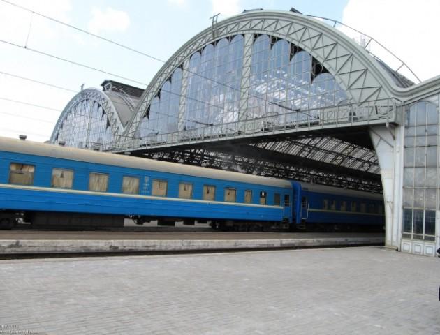 Укрзалізниця почала продаж квитків на додатковий потяг Київ-Ковель