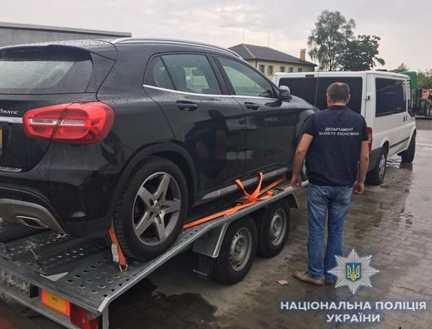 Хитрощі не допомогли: на «Ягодині» затримали Mercedes  з заниженою вартістю