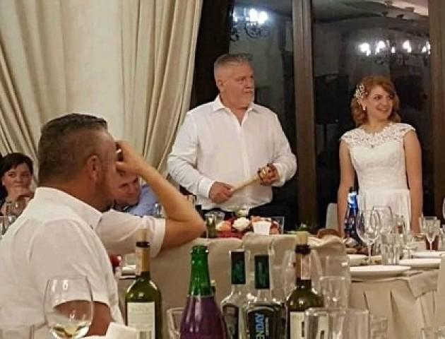 Понад 20 гостей отруїлося на українсько-шведському весіллі на Волині. ФОТО