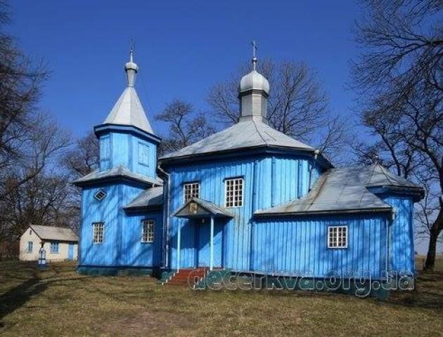 Перша служба після переходу в ПЦУ: у селі на Волині молилися українською