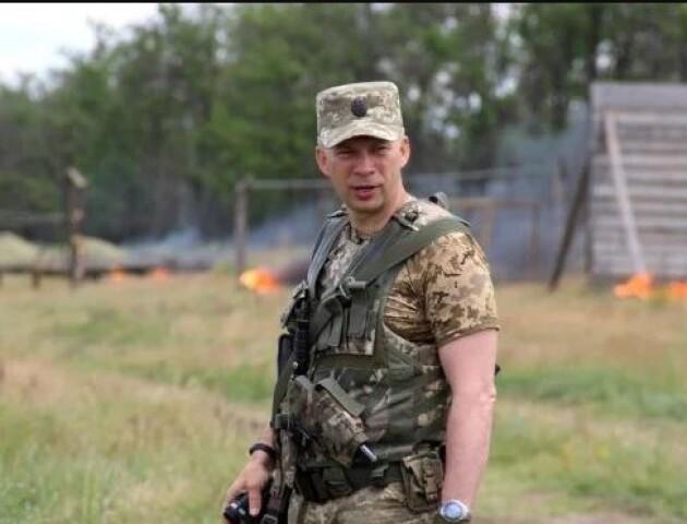 Новим командувачем ООС став Олександр Сирський. Що про нього відомо