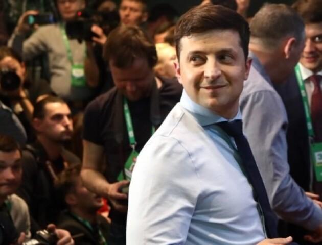 Зеленський шукає вчителя з української мови