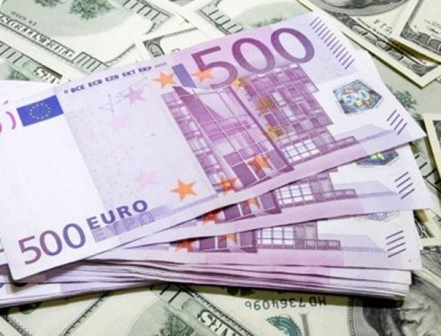 Курс валют на 13 липня: євро стрімко падає, долар – на місці