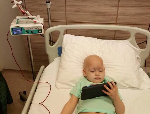 У голові пухлина і чотири метастази: онкохворий волинянин готується до чергової хіміотерапії