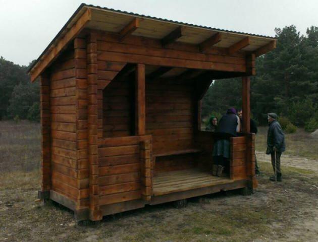 На Волині встановили еко-зупинку