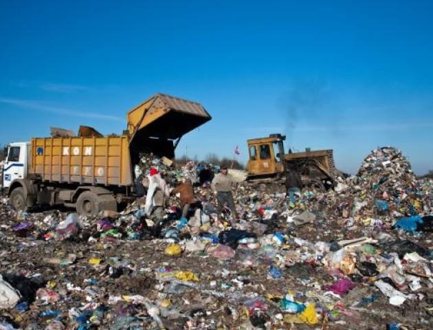 Волинські сміттєзвалища - переповнені. ВІДЕО