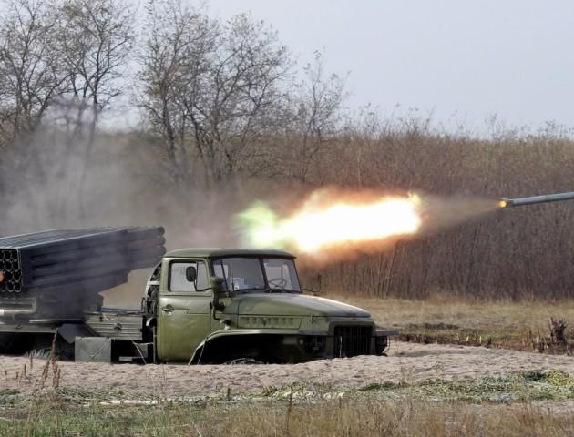 Бойовики обстріляли з «Градів» укріплення ЗСУ