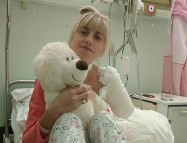 Україна не допомогла волинянці, яка втратила руку в Польщі