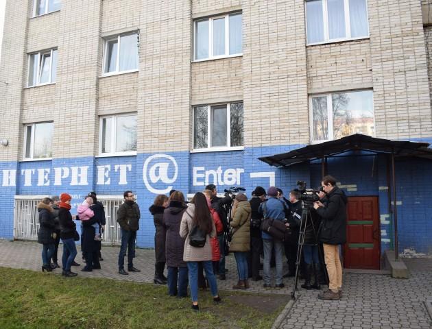 У Луцьку через проблемний інтернет-клуб мешканці гуртожитку потопають у лайні