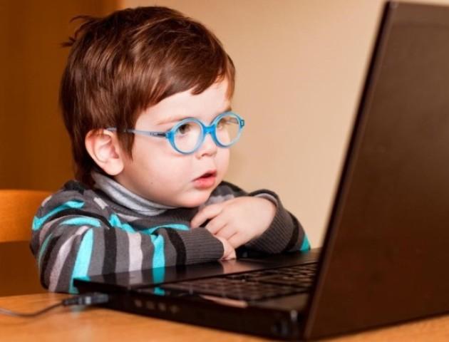 Причини розвитку короткозорості у дітей: пояснення вчених