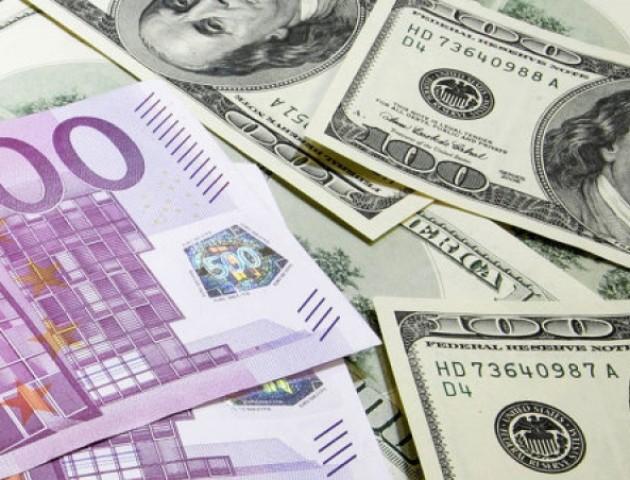 В Україні ввели нові валютні правила