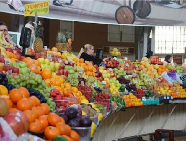 Роботу продуктових ринків в Україні знову заборонять