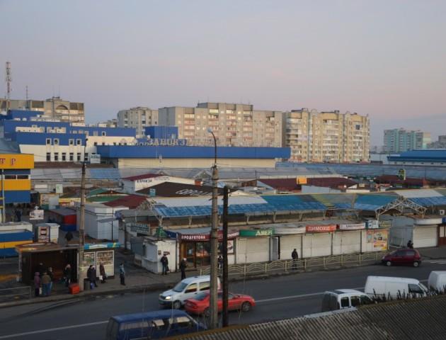Волинська облспоживспілка просить Луцькраду не ділити землю на Завокзальному ринку