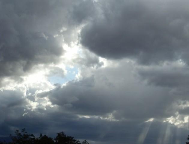 Без опадів та хмарно: якою буде погода у Луцьку 21 березня