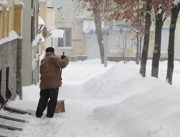 Як німці в 1941-му «просили» лучан прибирати сніг