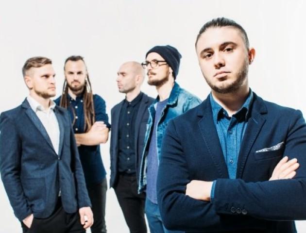 Лучанин хоче відсудити у відомого українського гурту понад мільйон гривень