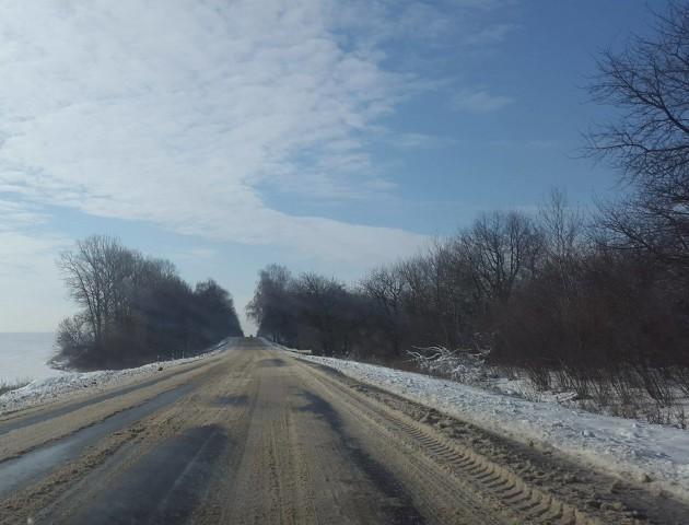 Туман і дощ з мокрим снігом: волинських водіїв попереджають  про погіршення погоди