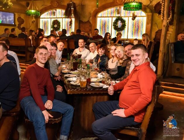 Закарпатський гурт та зустріч випускників: що підготували на вихідні у луцькій броварні