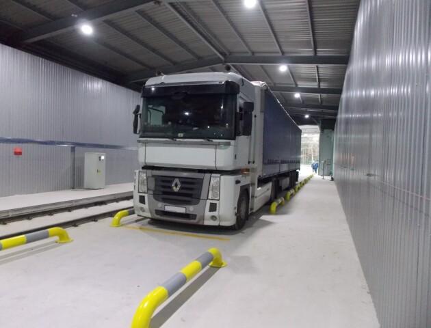 Як працює сканер для вантажівок на «Ягодині». ФОТО